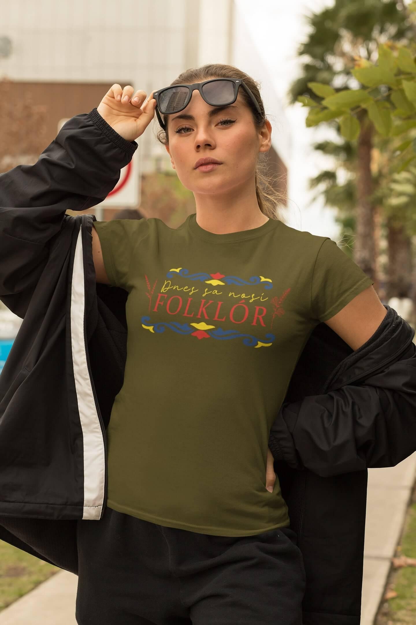 MMO Dámske tričko dnes sa nosí folklór Vyberte farbu: Khaki, Vyberte veľkosť: S
