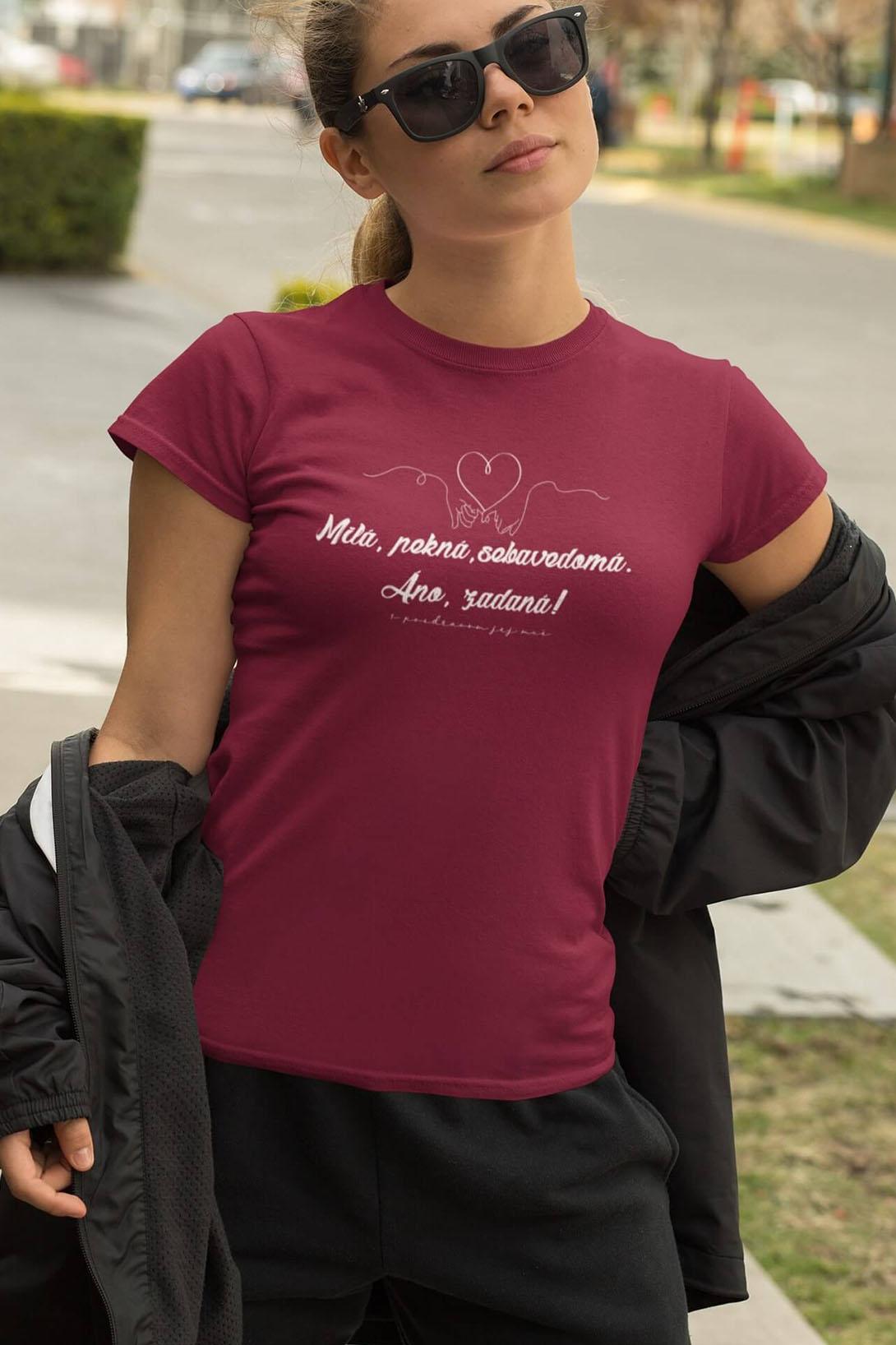 MMO Dámske tričko Milá, pekná, sebavedomá Vyberte farbu: Svetlomodrá, Vyberte veľkosť: M