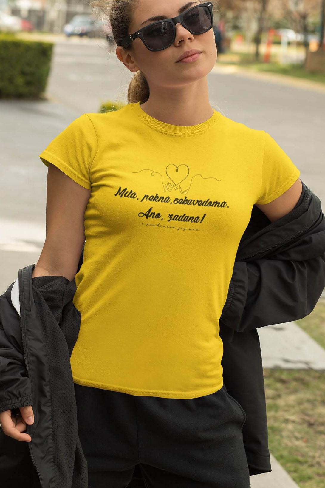 MMO Dámske tričko Milá, pekná, sebavedomá Vyberte farbu: Marlboro červená, Vyberte veľkosť: M