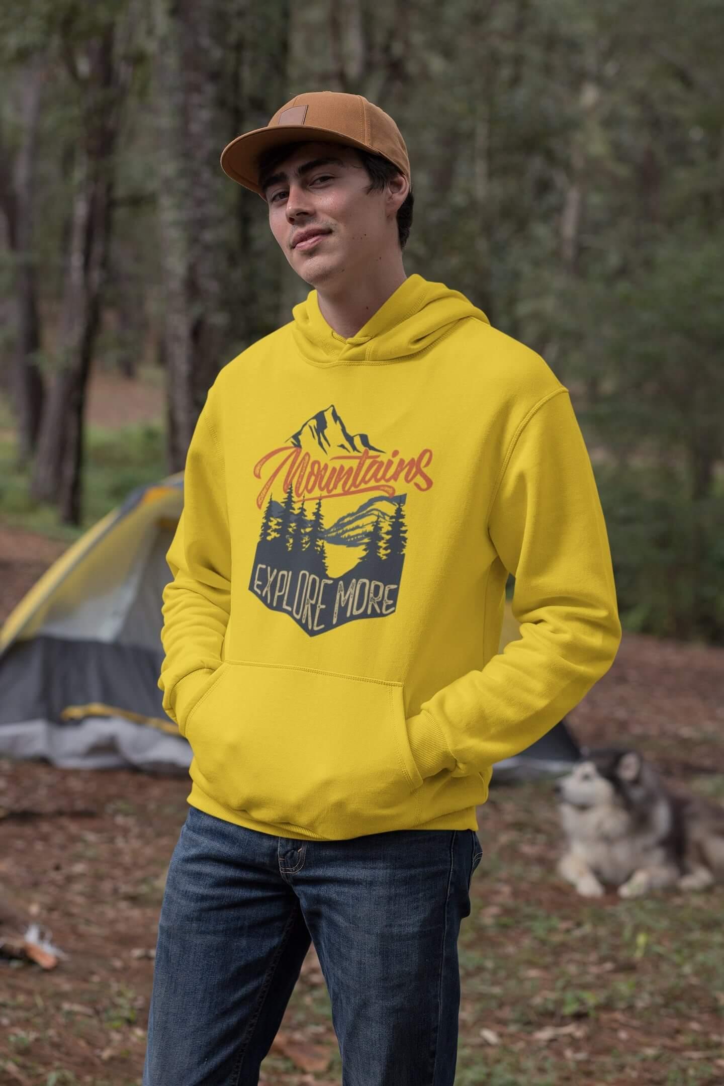 MMO Pánska mikina s kapucňou Mountains Vyberte farbu: Žltá, Vyberte veľkosť: M