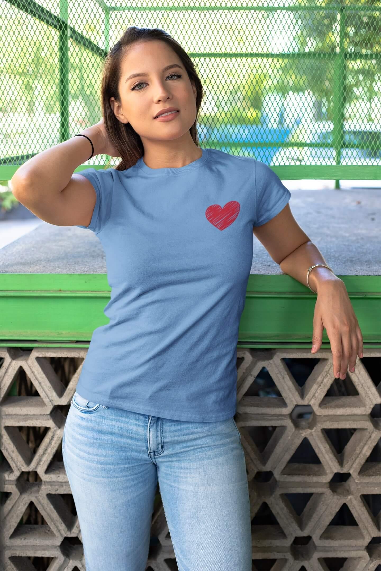 MMO Dámske tričko Červené srdce Vyberte farbu: Svetlomodrá, Dámska veľkosť: M