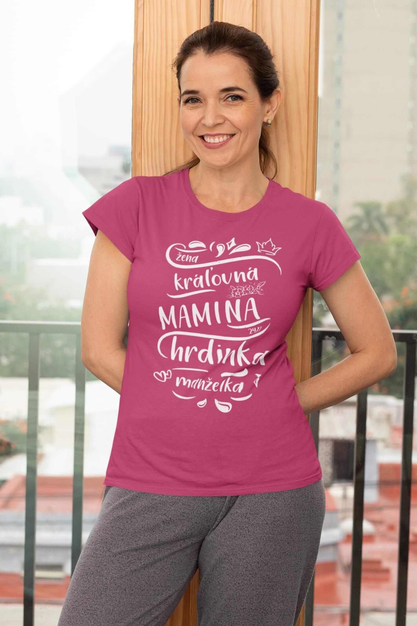 MMO Dámske tričko Mamina Vyberte farbu: Purpurová, Vyberte veľkosť: XS