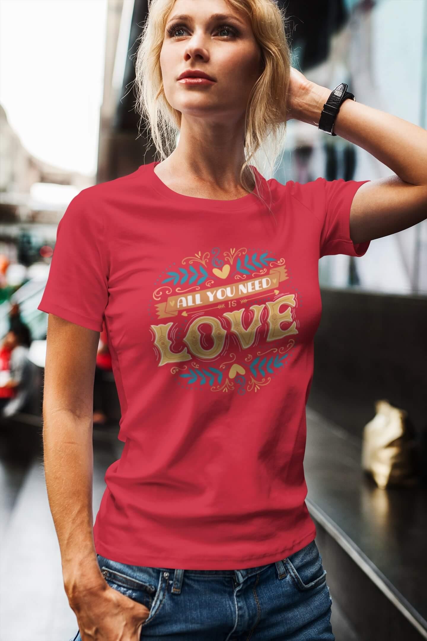 MMO Dámske tričko LOVE Vyberte farbu: Červená, Dámska veľkosť: M