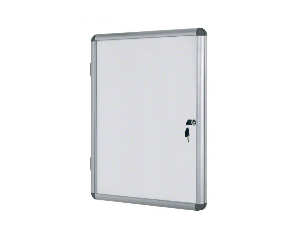 vitrina s bilym magnetickym povrchem 940x1288 mm