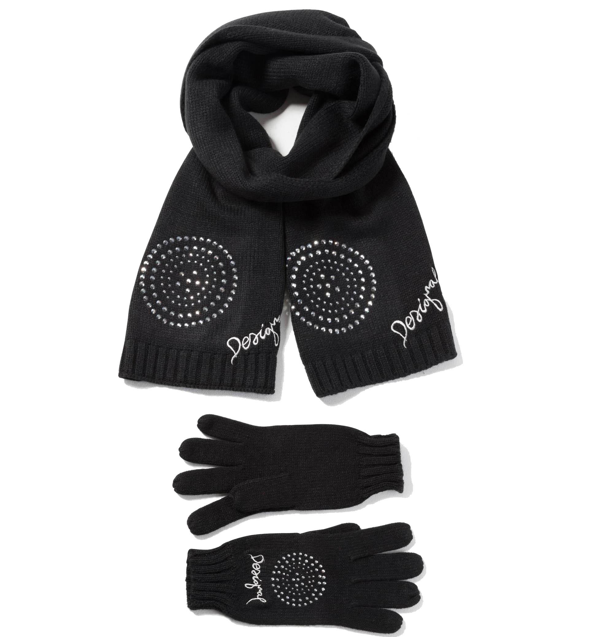 Šály a rukavice