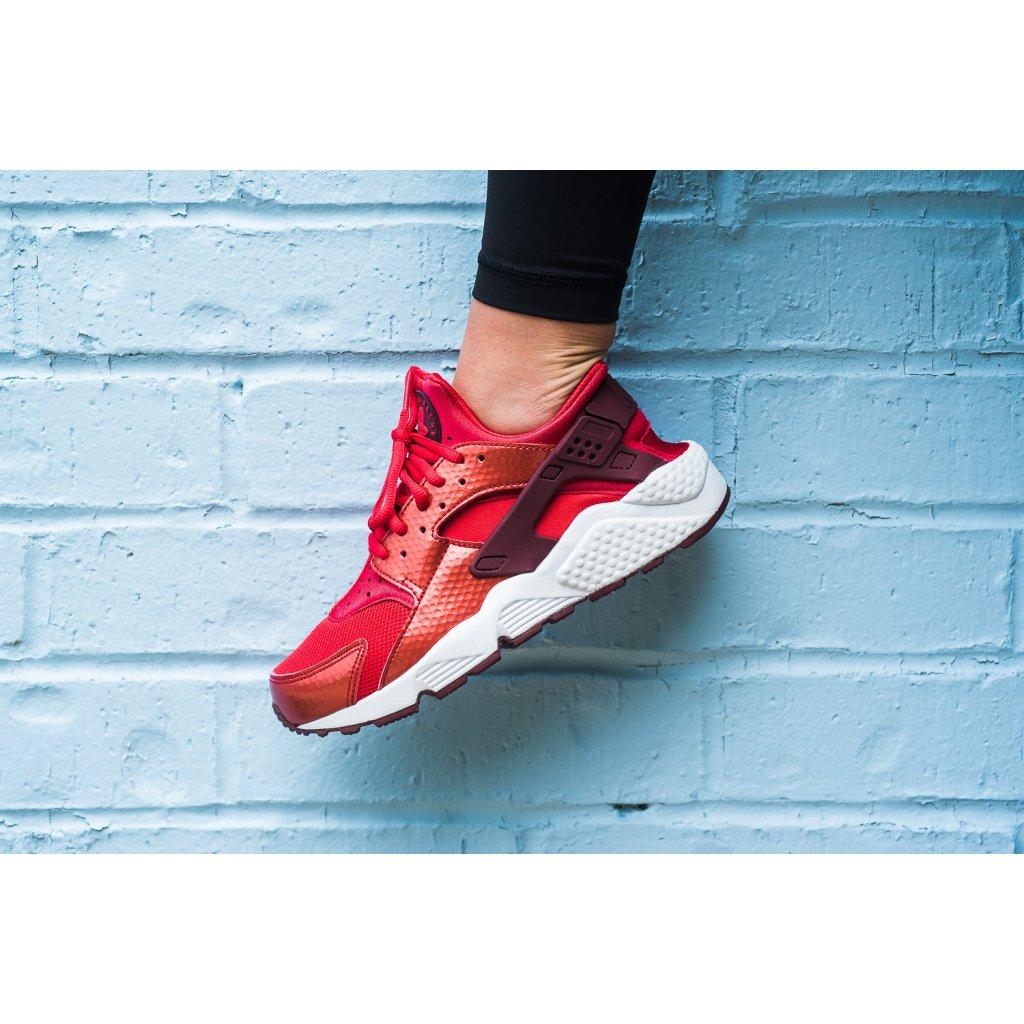 Nike Air Huarache 12