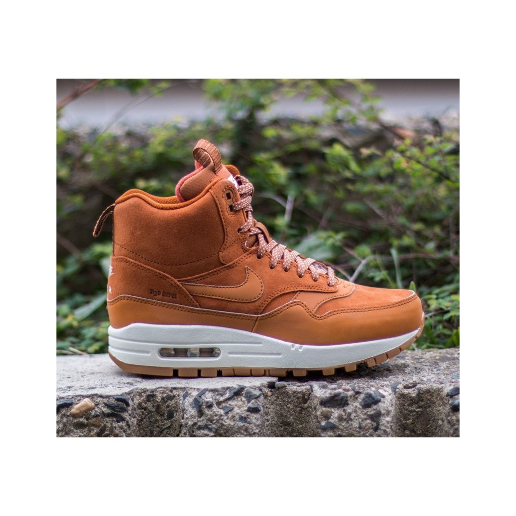 NIKE WMNS AIR MAX 1 MID SNEACKERBOOT TAWNY SAIL GUM MED BROWN