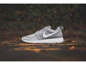 Nike Rosherun wolf Grey 511881 023 Pure Platinum Cool Grey White Sneaker politics Hypebeast 1 1024x1024