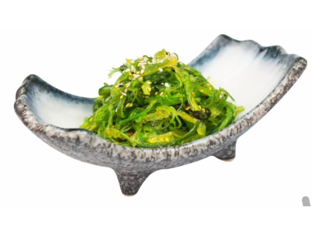 Daikon wakame salad