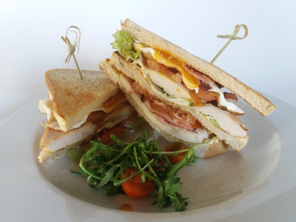 club sendwich světlý