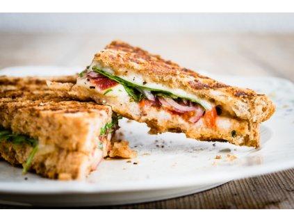 neni toast jako sendvic shutterstock 272267456
