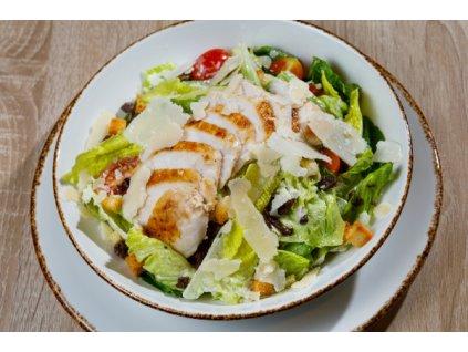 Caesar salát s grilovaným kuřecím prsem 100g