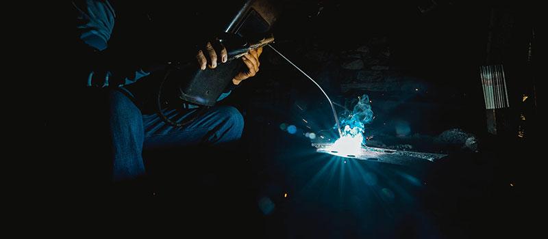 Práce svářeče