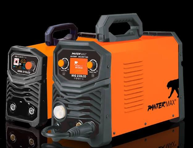Svářečka MIG/MAG Pantermax 230LCD Synergy včetně hořáku - výhodný SET Varianta: SET 10: svářečka s výbavou v popisu stroje + RV CO2 + kukla profi Predátor PMMIG230LCD výhodný SET - další příslušenství ZDARMA
