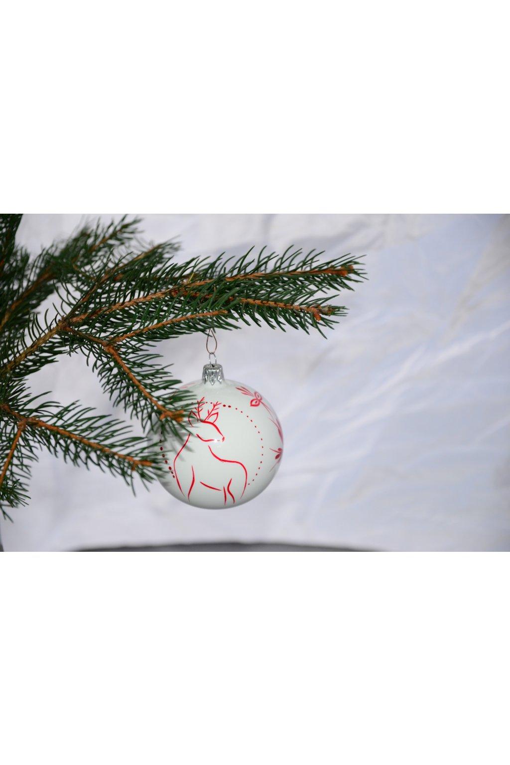 Vánoční koule dekorovaná 8cm jelení rodina