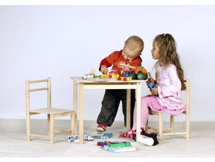 Dětský dřevěný stoleček a židle