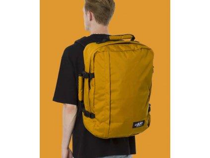 Cabinzero Classic 44L Orange Chill  + LED svítilna