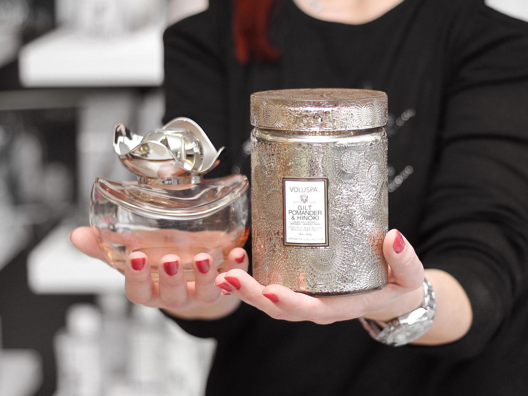 luxusní-katalytická-lampa-a-vonná-svíčka-voluspa