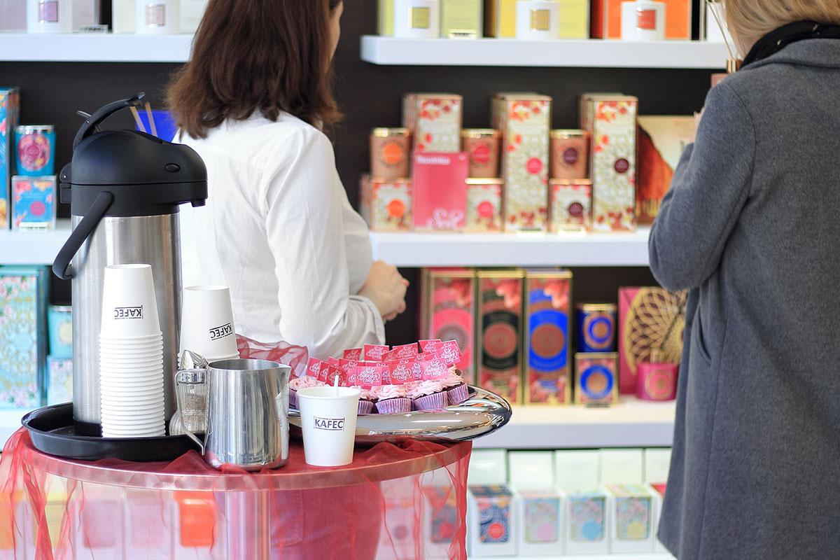 slavnost-vuni-ve-svete-bytovych-vuni-kava-kafec