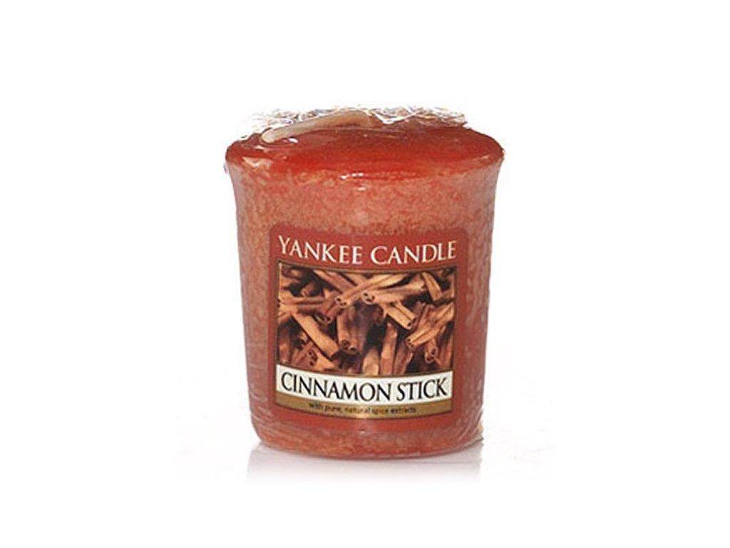 6053 yankee candle votivni svicka cinnamon stick