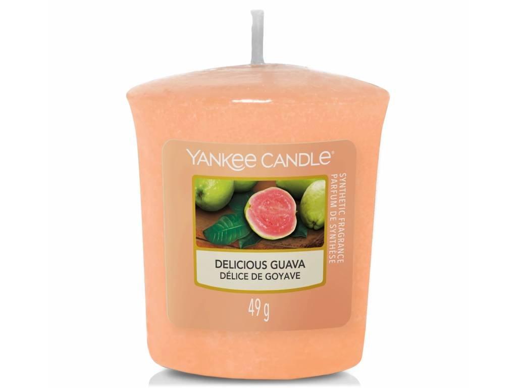 9077 yankee candle votivni svicka delicious guava