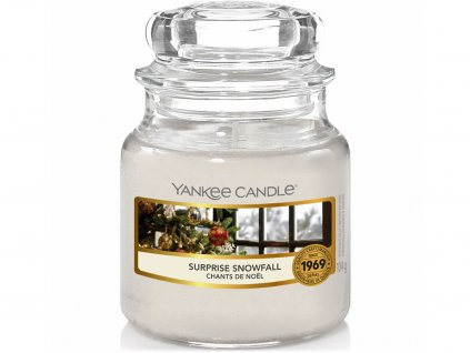 yankee candle surprise snowfall svicka mala