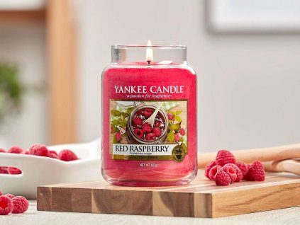 7361 yankee candle vonna svicka red raspberry stredni