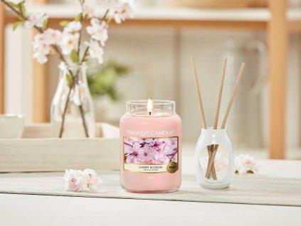8828 yankee candle vonna svicka cherry blossom stredni
