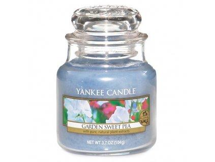 Svíčka Yankee Candle Garden Sweet Pea Sladký hrášek Hrachor vonný 104g malá
