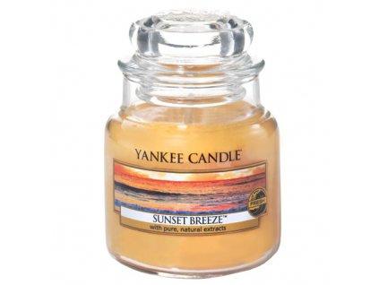 Svíčka Yankee Candle Sunset Breeze Vánek při západu Slunce 104g malá