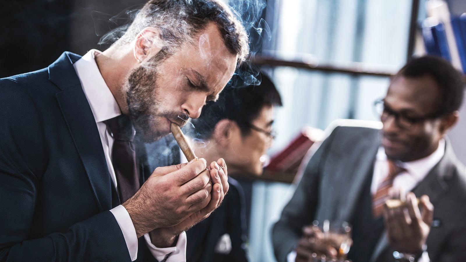10-things-cigars-1600