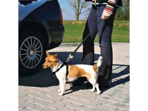 Bezpečnostní postroj do auta pro psa M