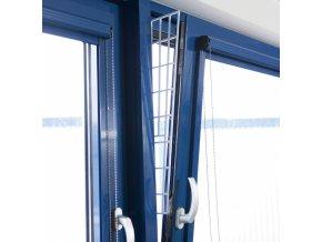 Boční mříž do okna plastová 62 x 7-16 cm - 1 ks
