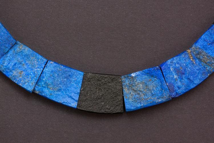 Lazurit (lapis lazuli) – kámen vyrovnanosti