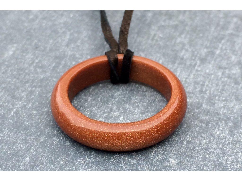 avanturín zlatý prsten