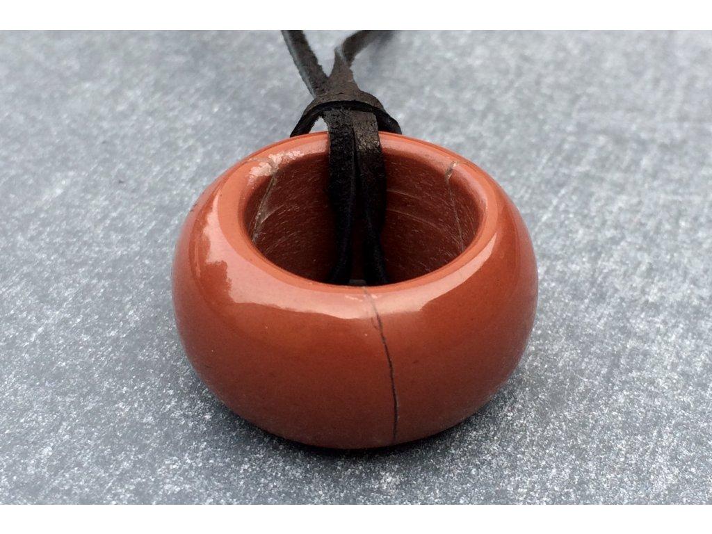 jaspis červený prsten