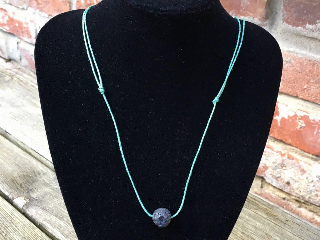 Láva náhrdelník