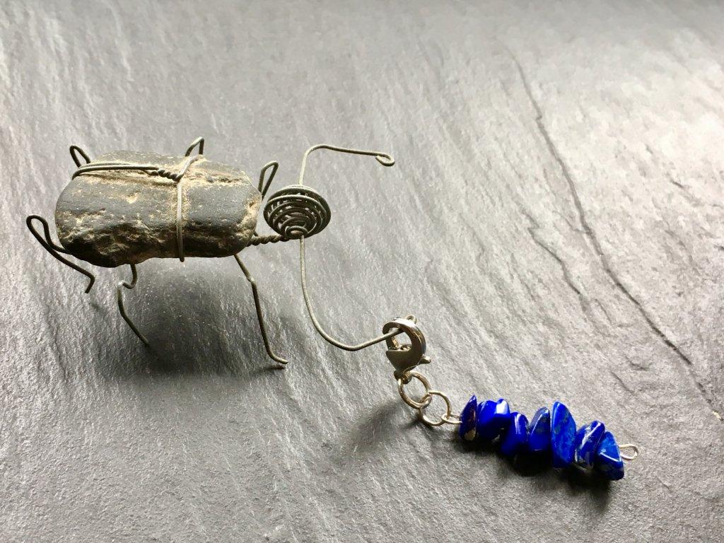 přívěsek pro zvířátka lapis lazuli