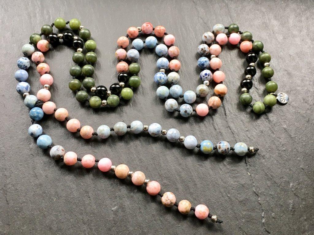 achát, jadeit, onyx  náhrdelník MALA