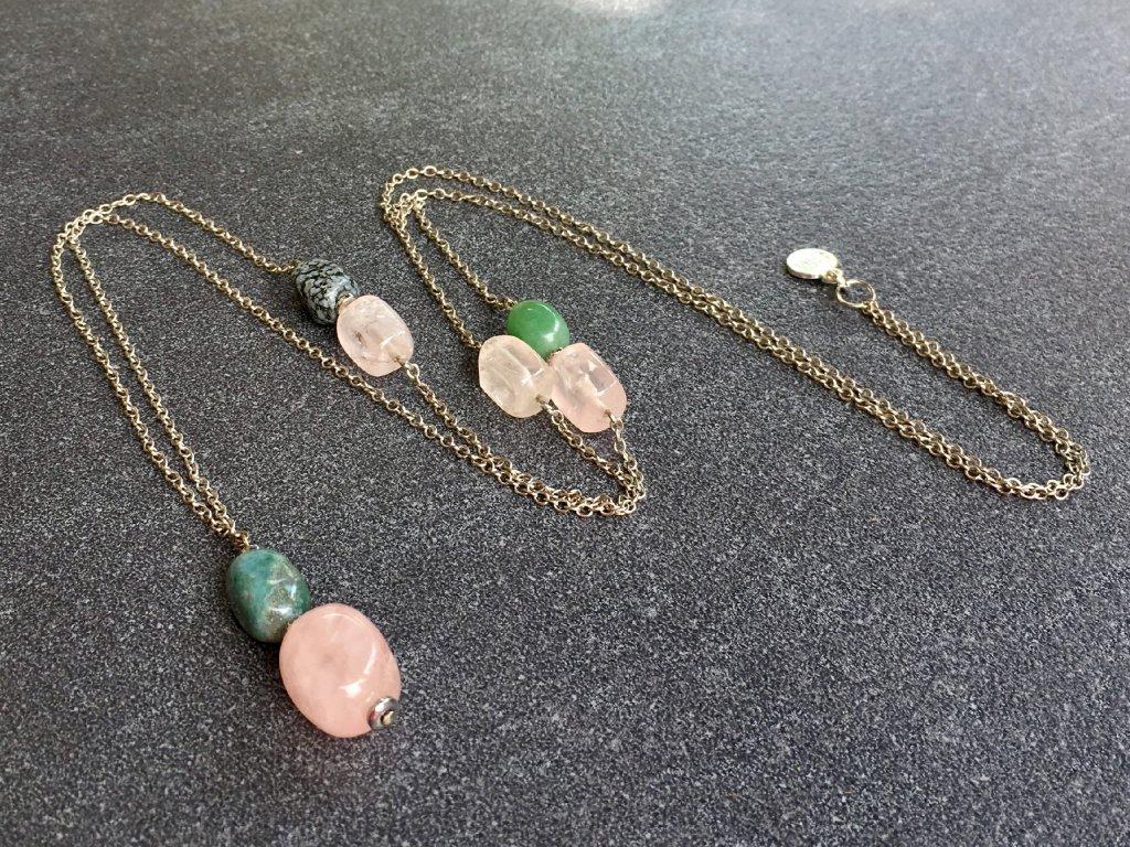náhrdelník růženín, avanturín zelený, obsidián vločkový, smaragd