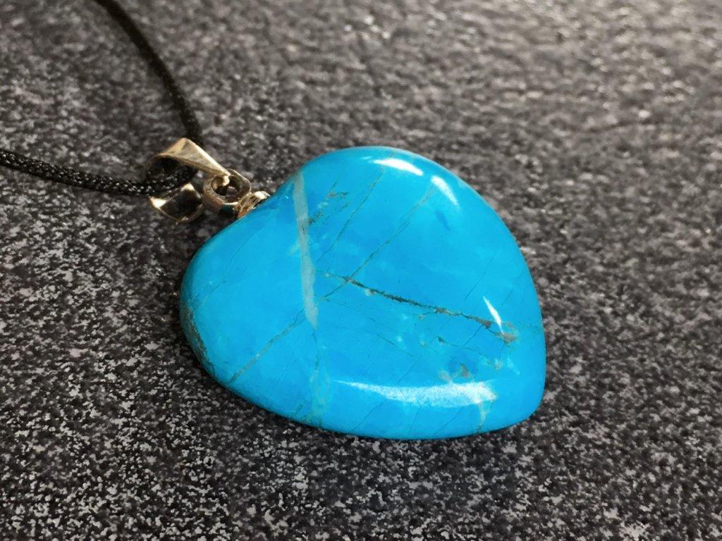 přívěsky z minerálů, tyrkenit přívěsek srdce