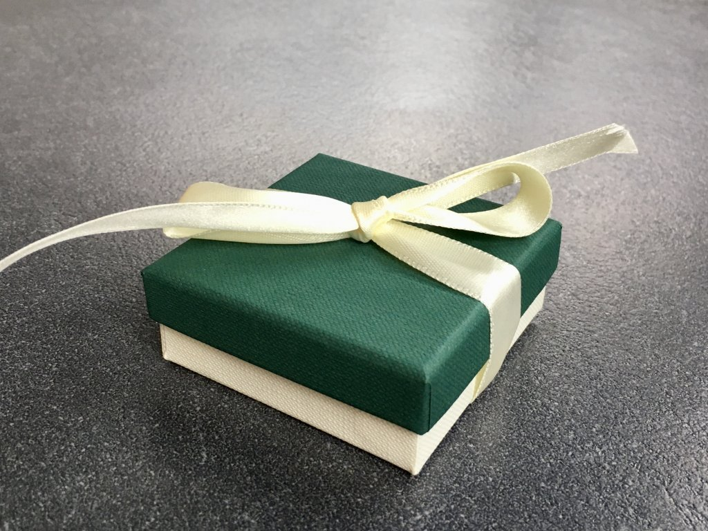 Dárková krabička střední - zelená s mašlí