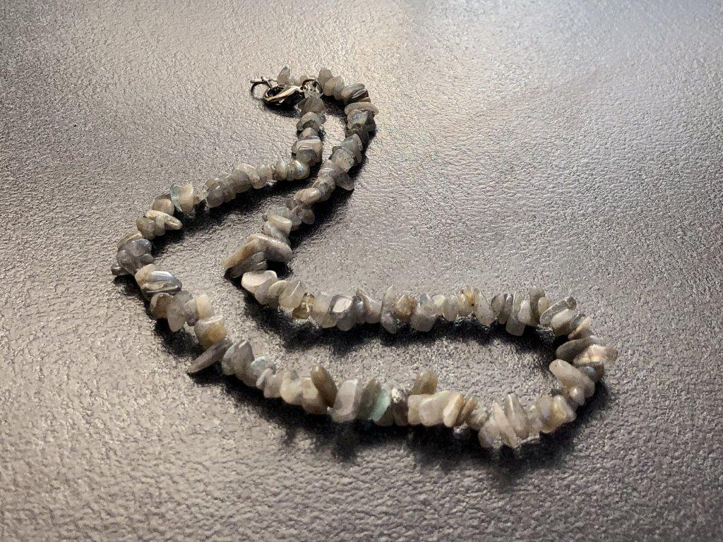 náhrdelníky z minerálů, labradorit náhrdelník