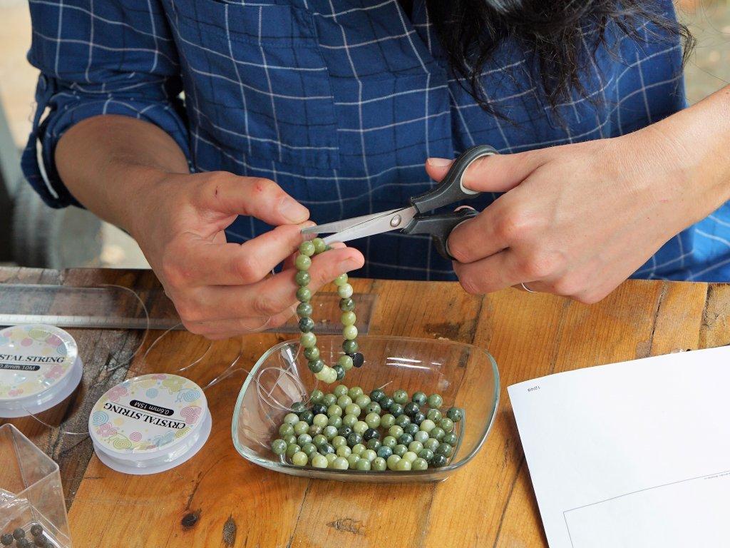 výroba náramku z minrálů na přání