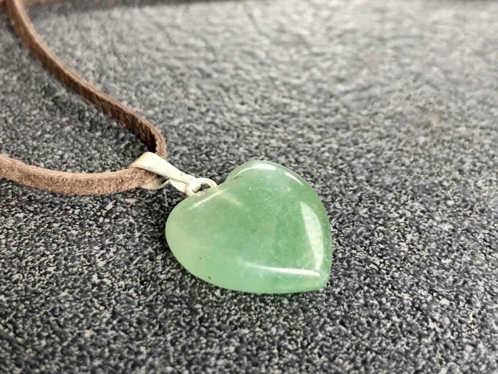 přívěsky z minerálů, avanturín zelený přívěsek, srdce
