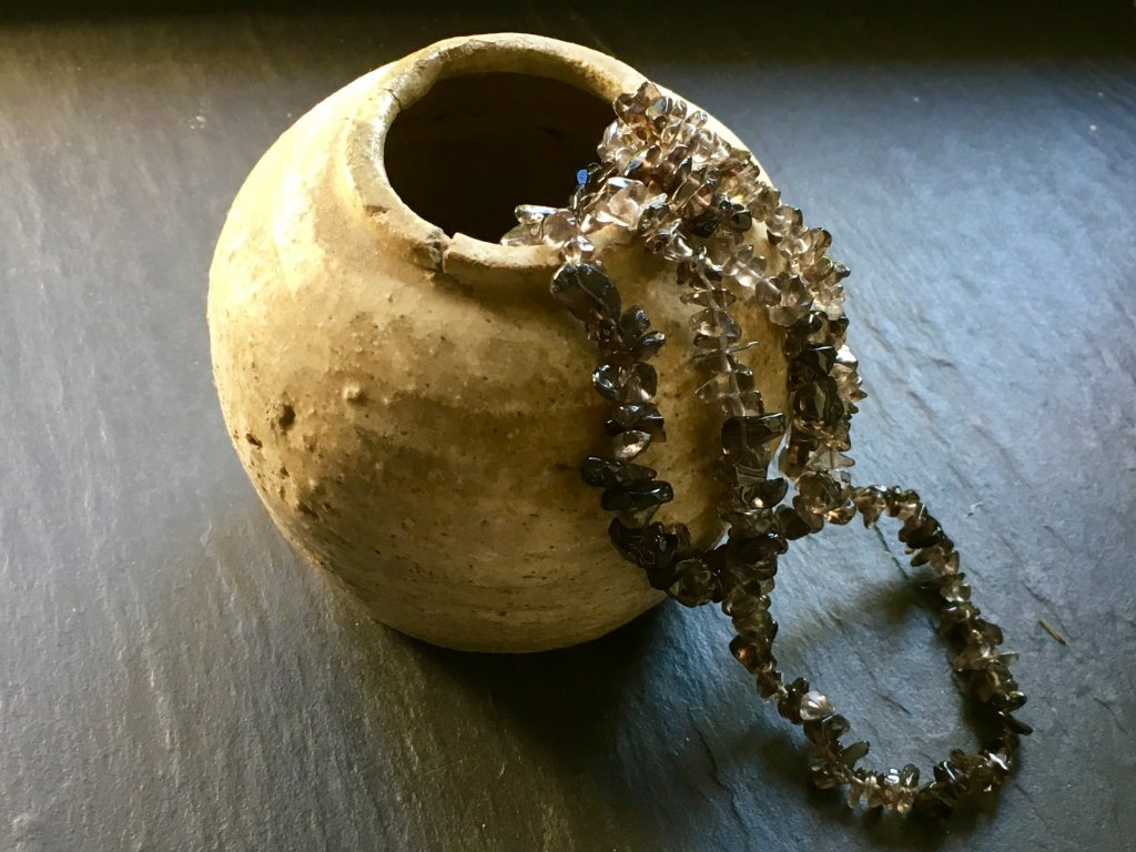 záhněda náhrdelník