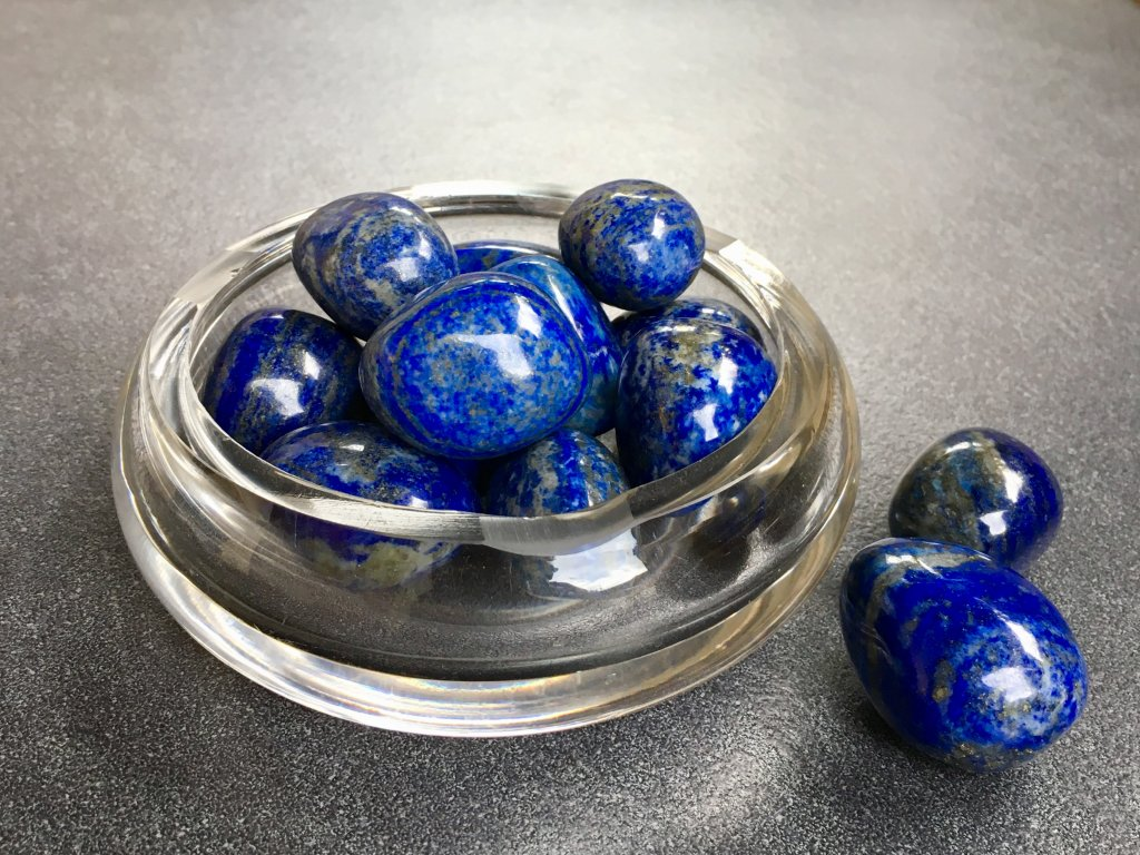 tromly z minerálů, lapis lazuli tro ml