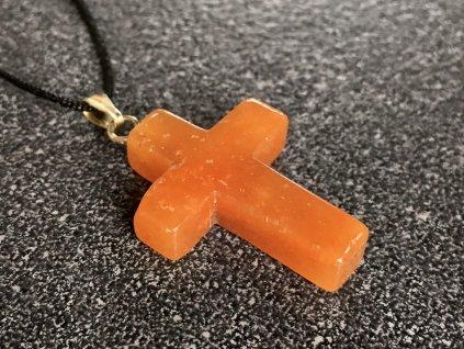 přívěsky z minerálů, avanturín přívěsek křížek