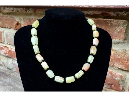Onyx náhrdelník 41 cm - na kůži