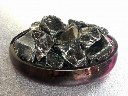 obsidián černý surový